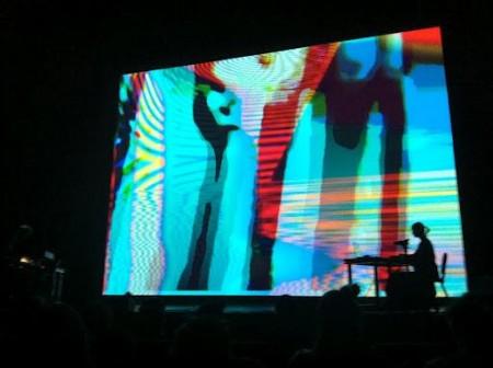 Le Révélateur, image from live performance at Mutek, 2013.